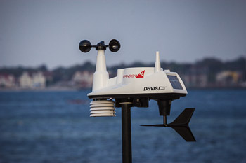 Buy a Windfinder weather station and webcam - Windfinder